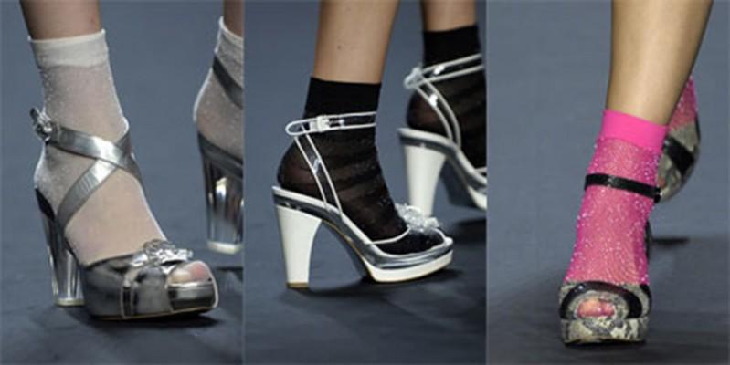 sandali con calzini 5 cose da non fare mamme a spillo