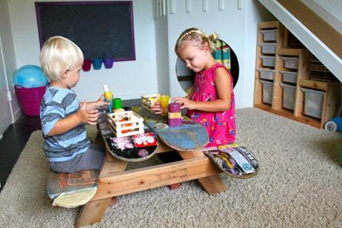 tavolo-camerette-per-bambini