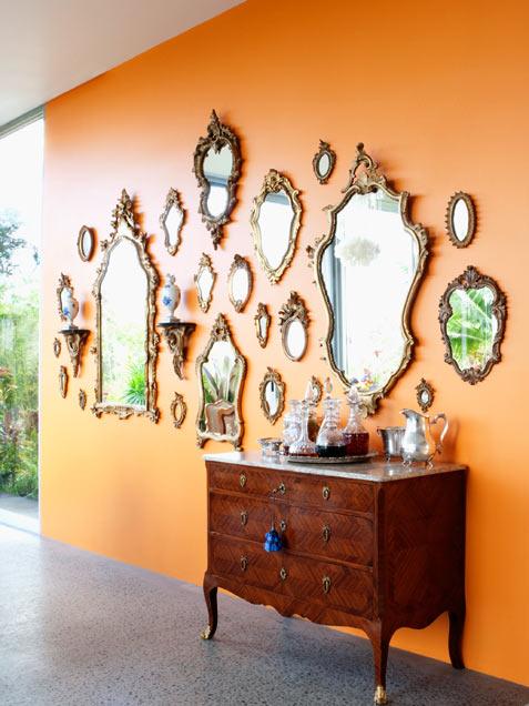 decorare-pareti-di-casa-con-specchi