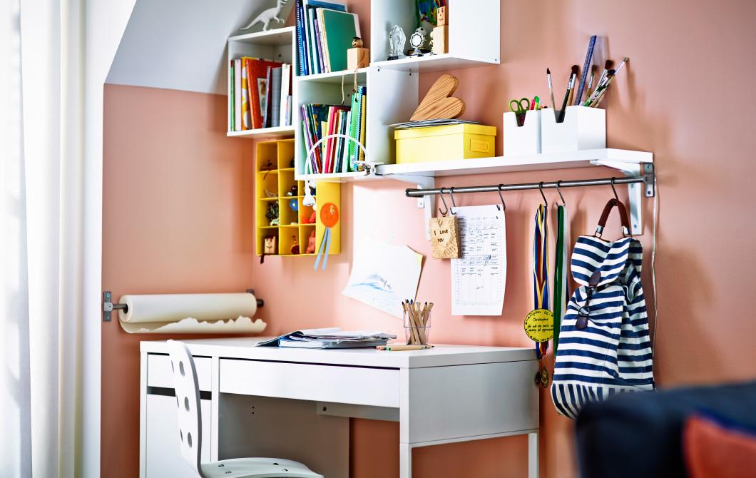 parete-scrivania-ufficio-ikea