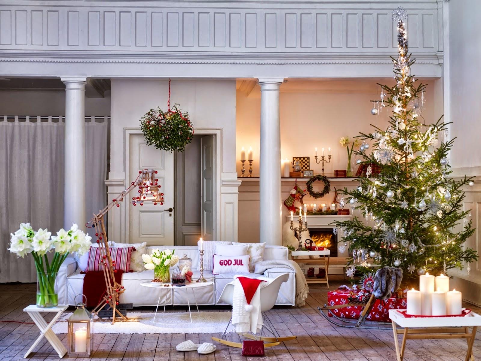 Natale 2015 bianco e rosso per l arredo natalizio in for Arredare casa in bianco