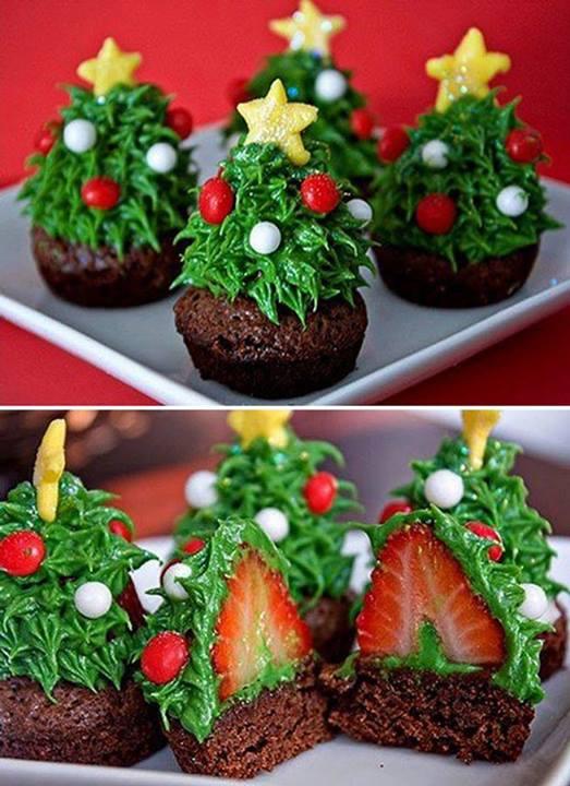 strawberry-christmas-tree-cupcake