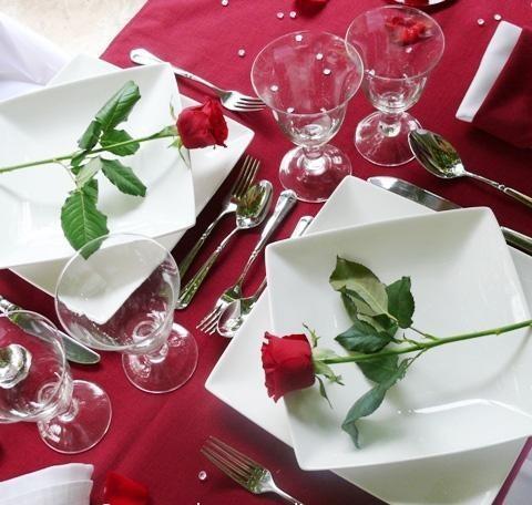 S valentino la tavola perfetta per una cena romantica - Tavola di san valentino ...