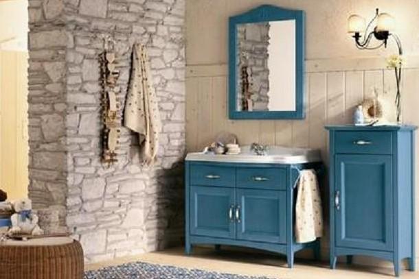Un bagno in stile country su quali complementi d arredo for Complementi d arredo shabby