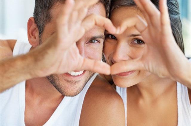 Ben noto Coppie felici e durature, ecco i loro 10 segreti - Mamme a spillo CI99