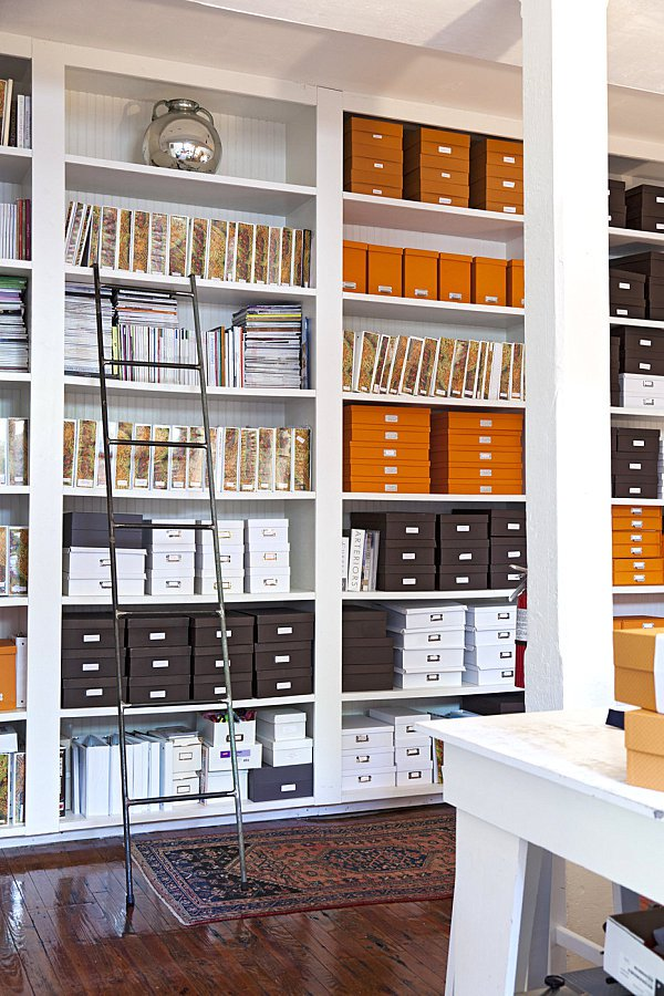Come organizzare l 39 angolo ufficio a casa propria anche for Piccola casa efficiente