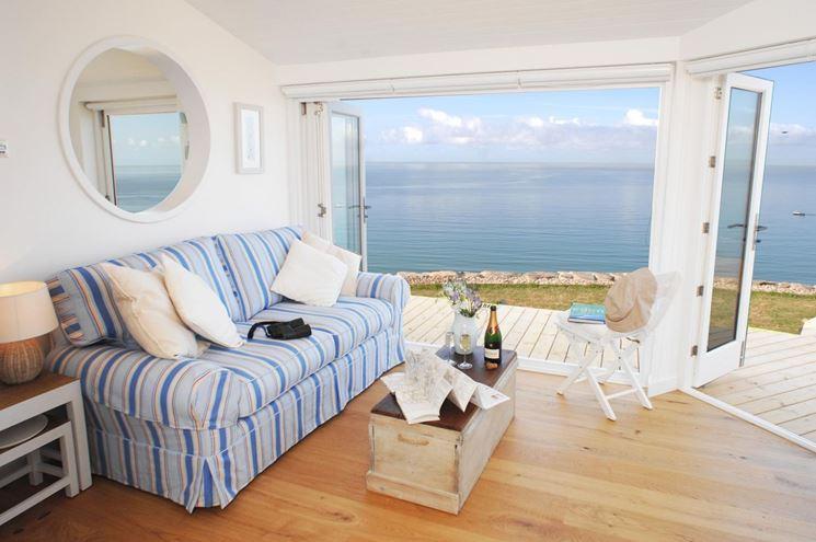 Come arredare la casa al mare spendendo poco for Arredare casa spendendo poco