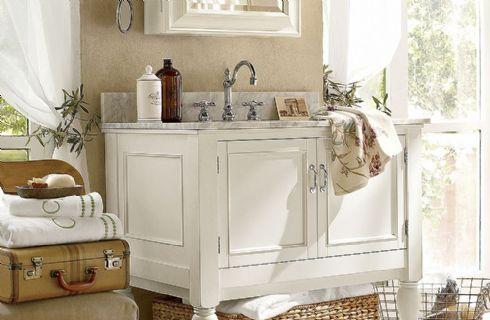 Un bagno in stile shabby chic ecco come realizzarlo - Pitturare il bagno ...
