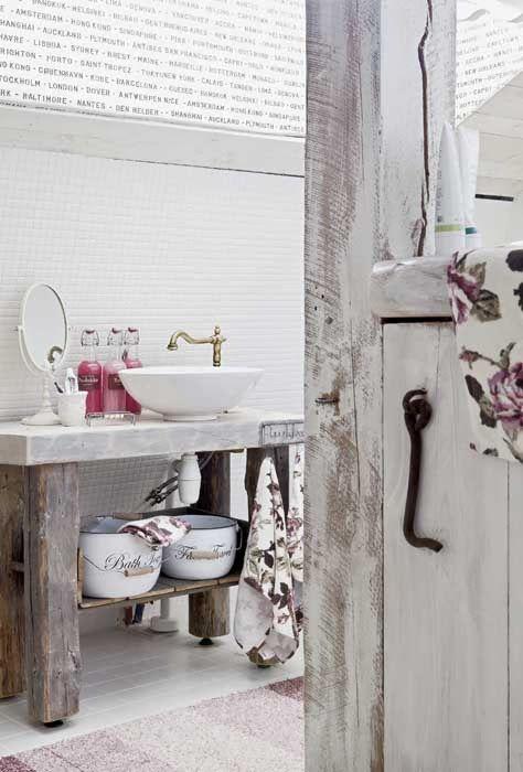 Un bagno in stile shabby chic ecco come realizzarlo for Complementi d arredo shabby