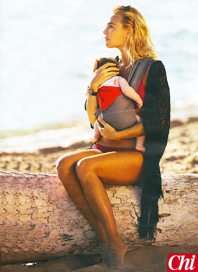 ilary_blasi_bikini-isabel