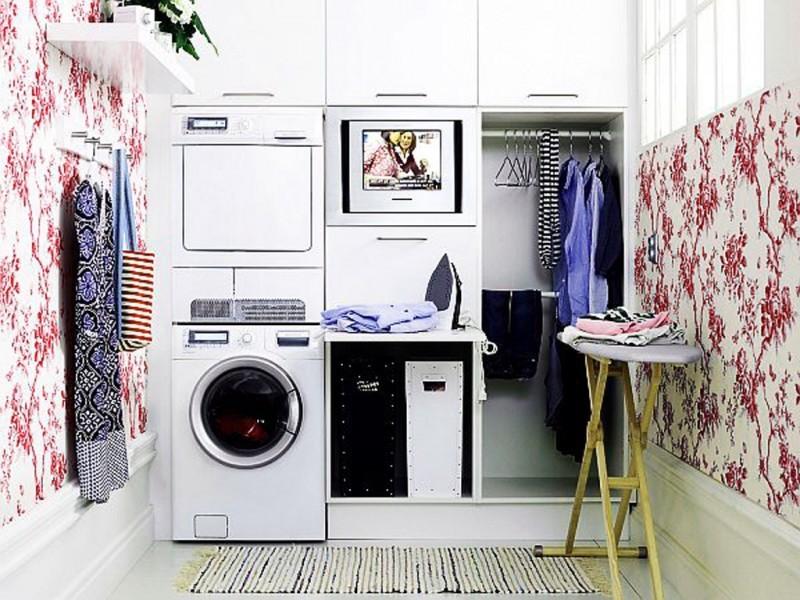 Interno stanza di lavanderia nella vecchia casa u foto stock