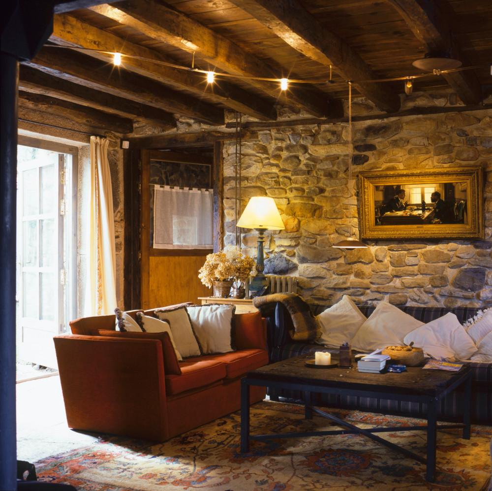 Arredi autunnali le nuance su cui puntare per una casa for Arredamento moderno ma caldo