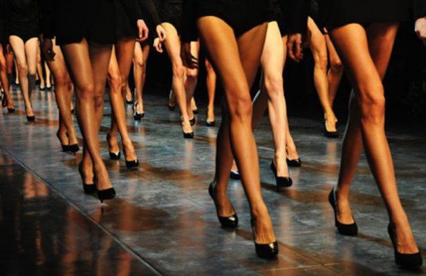 scarpe_con_i_tacchi_sfilata_mamme_a_spillo
