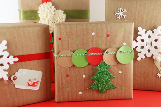 Come preparare pacchetti natalizi belli e originali con il for Immagini di pacchetti regalo