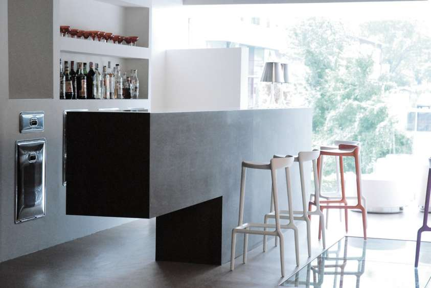 Un angolo bar a casa propria ecco come realizzarlo - Angolo bar moderno in casa ...