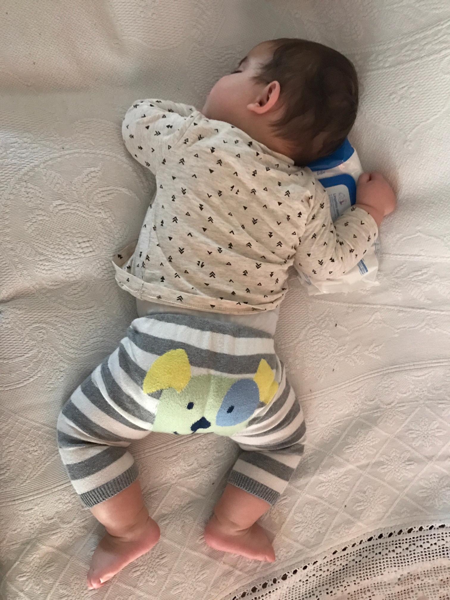 lavoro-carriera-neonato