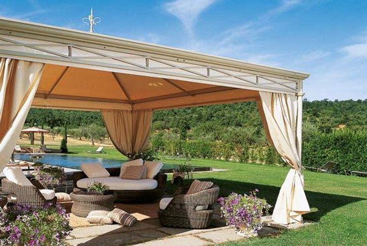 Arredi da esterno gli indispensabili per la bella stagione for Piani di casa con spazio di vita all aperto