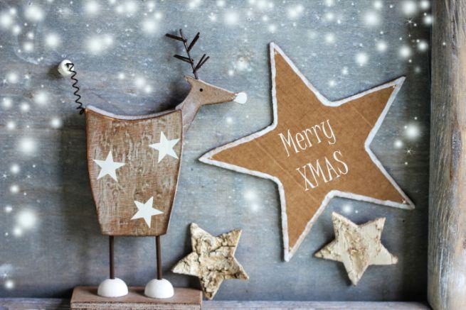 Decorazioni natalizie le 3 tendenze pi gettonate per il - Decorazioni in legno per natale ...