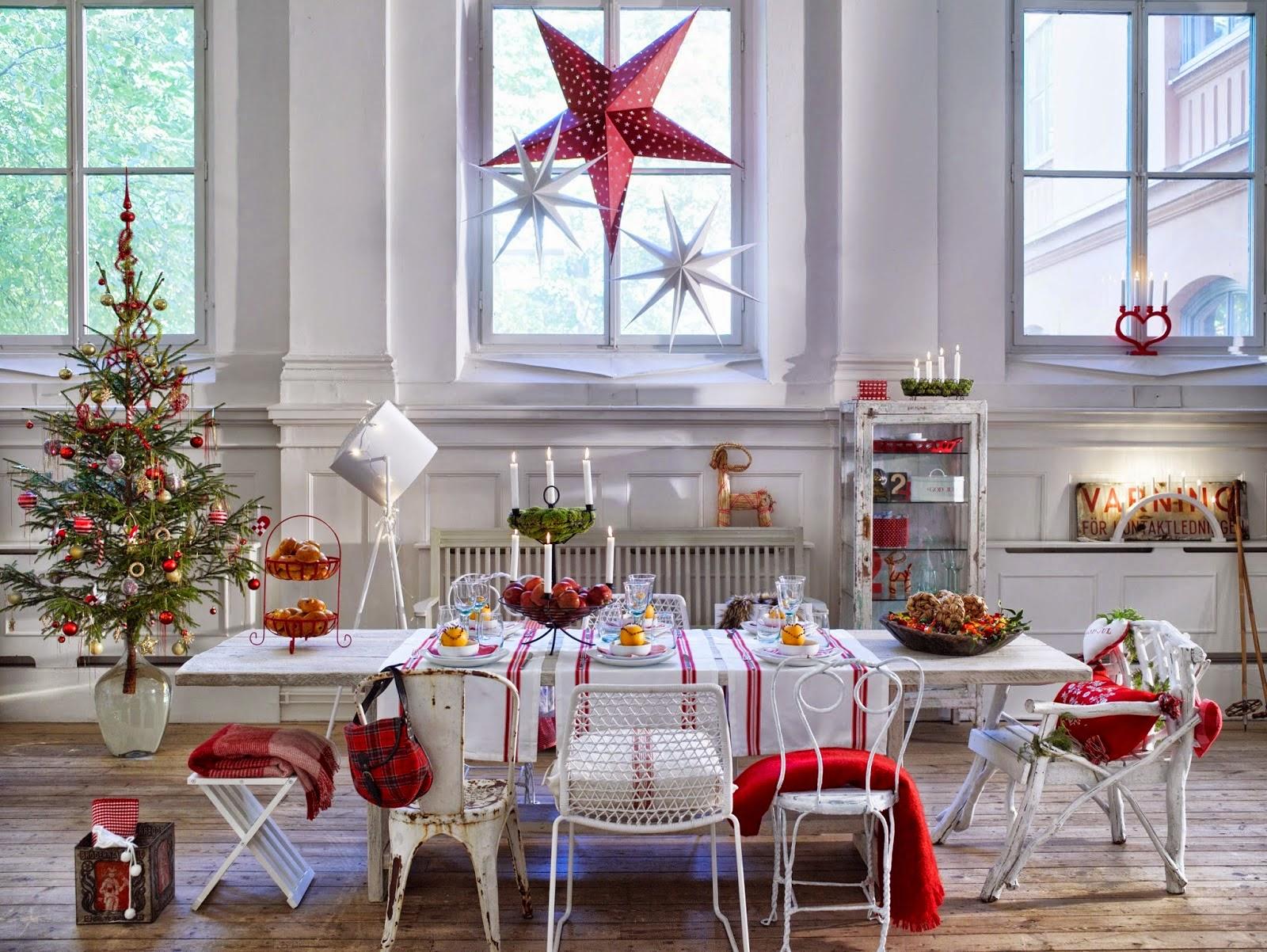 Arredare in rosso e bianco l 39 abbinamento perfetto in for Arredare casa a natale