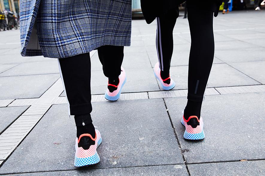 Il nuovo wow di adidas unisex e si chiama deerupt for Adidas che cambiano colore