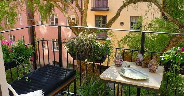 Un balcone primaverile bellissimo: come organizzarlo al meglio con ...