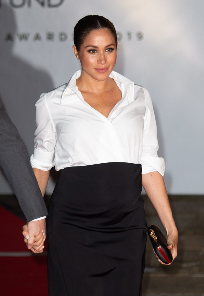 Meghan Markle in camicia Givenchy